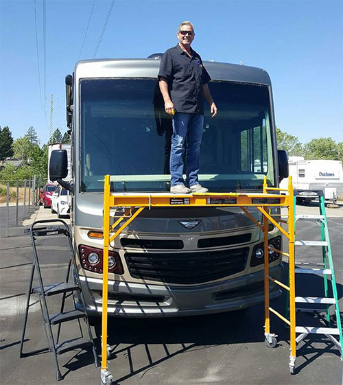 scott replacing rv windshield